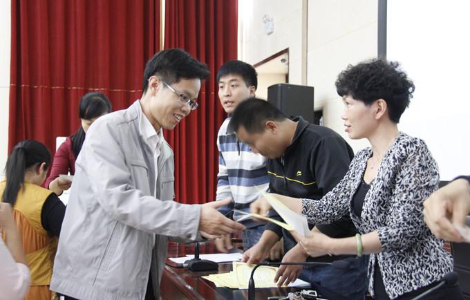 刘艳春 二等奖 启航青年志愿者协会 李会苹 二等奖 地理探索社 张鹤